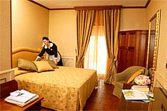 hotel castelluccio norcia grotta azzurra