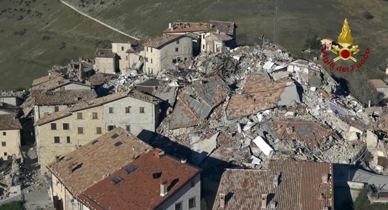Terremoto Castelluccio Norcia